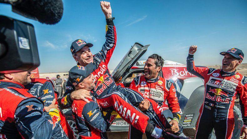Sainz, tricampeón  del Dakar a los 57 años