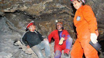 las cavernas de las lajas como atractivo turistico