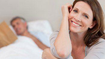 menopausia: tener una actividad sexual intensa la retrasaria