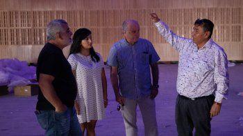 parrilli visito cutral co y recorrio las obras del centro cultural