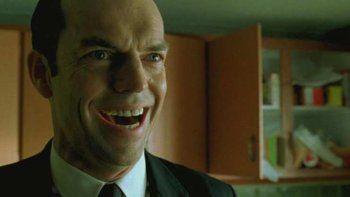 ¿vuelve el agente smith a pelear contra neo en the matrix 4?