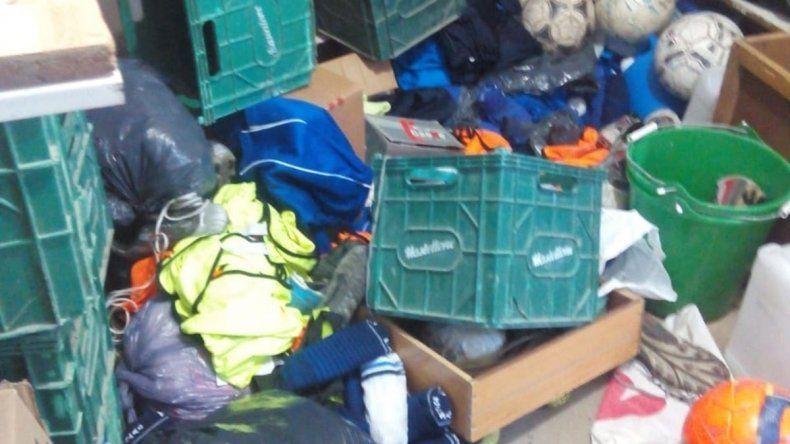 Destrozaron y saquearon un club de fútbol de Zapala