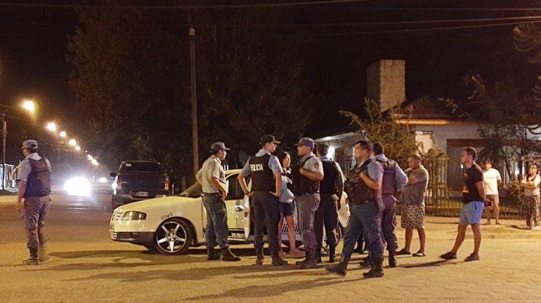 Una conductora se atrincheró en su auto y se negó a realizarse el test de alcoholemia