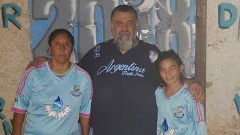 la joyita de 11 anos y la capitana de 46 de alianza, juntas y felicitadas por las de river