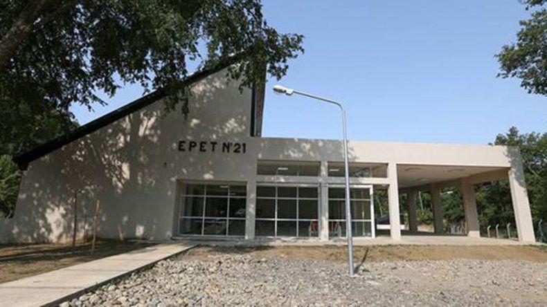 Llega el equipamiento para la EPET 21 de San Martín