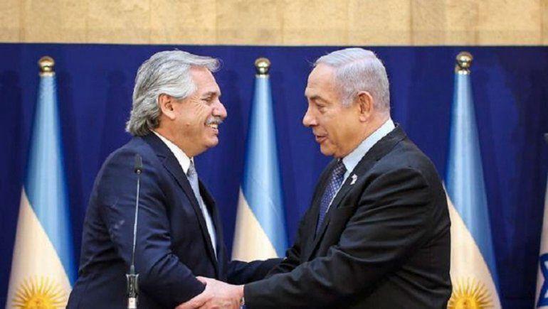Alberto Fernández recordó la AMIA con el líder israelí