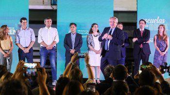 el presidente lanzo argentina unida por educacion y trabajo