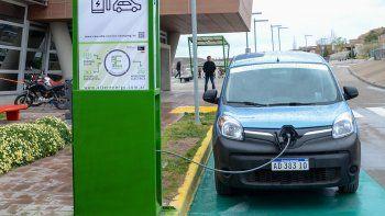 habra una red de cargadores para autos electricos