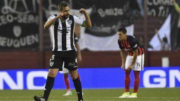 Piñero Da Silva marca el 1 a 0 ante el Ciclón, que luego pasó por penales.