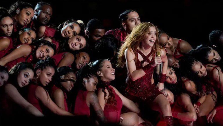 Shakira protagonizó una multitudinaria coreografía en el Super Bowl 2020.