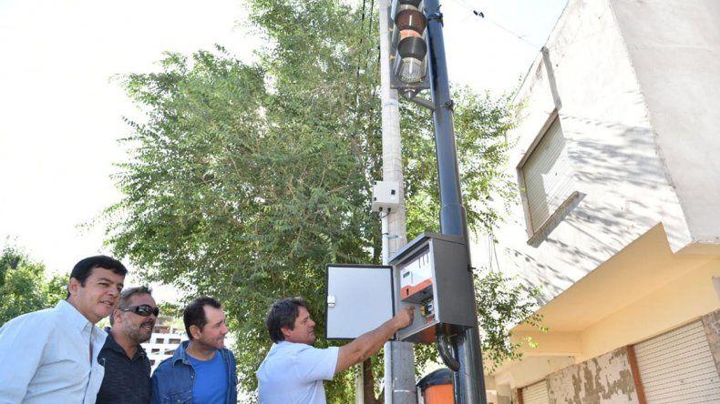 Se vienen los semáforos grises para reducir la contaminación visual