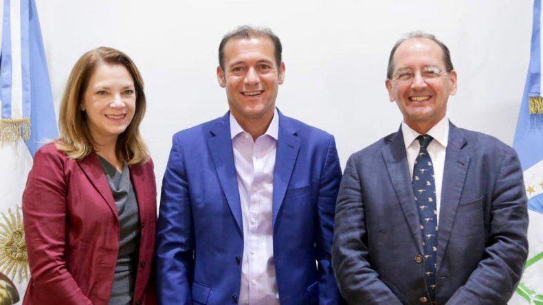 Cumbres de Gutiérrez con directivos de Exxon y Shell