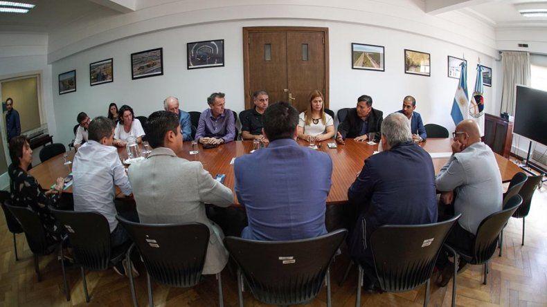 La intendenta de Plottier busca fondos en Nación para ampliar las cloacas de la ciudad