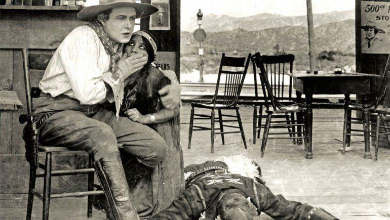 El western fue la primera película firmada en Hollywood, lo que la enmarcó dentro de la historia del cine.