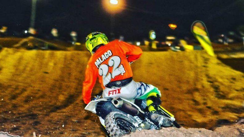 Mirá el espectacular show de las motos en La Barda
