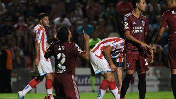 El festejo del paraguayo por el gol del triunfo.