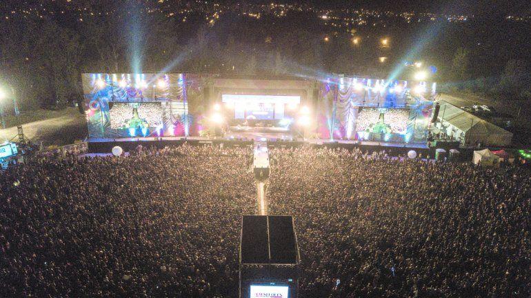La Fiesta de la Confluencia va creciendo todos los años en cantidad de asistentes.