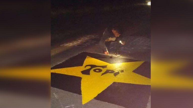 Hace dos días colocaron la estrella amarilla sobre la Ruta 22 en Plottier.