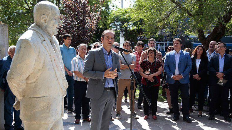 Omar Gutiérrez en el homenaje a Sapag: Nos dejó un legado que avanza, crece y progresa