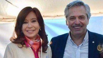 el presidente y la vice desayunaron  en la quinta de olivos