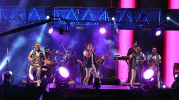 banda xxi: la fiesta de la confluencia es un escenario sonado