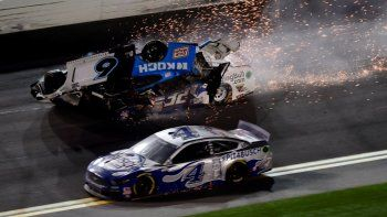 nascar: mira el escalofriante accidente en daytona