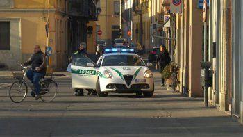 coronavirus: italia aisla 10 pueblos e inicia cuarentena