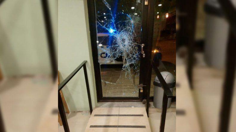 Atacó dos locales para robar, pero no pudo llevarse nada
