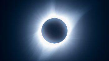 la franja del eclipse pasara por el centro de rio negro