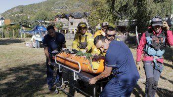 volcan lanin: rescatan a una cipolena que se accidento