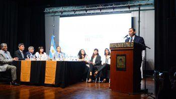 José Rioseco en la apertura de sesiones en Cutral Co.
