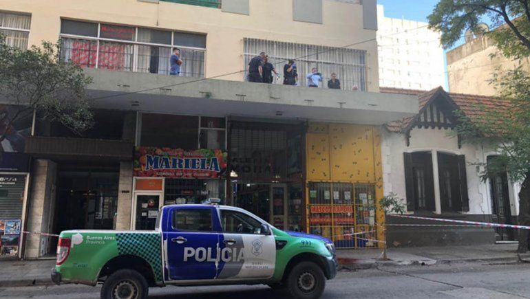 Mar del Plata: murió al caer del séptimo piso e investigan a su pareja
