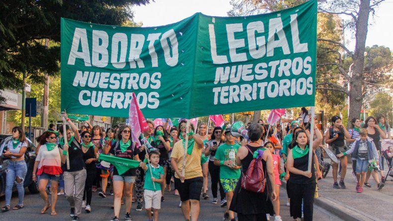 Denuncian que hay mujeres presas por haber abortado