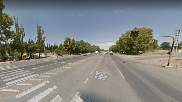 En el cruce de Ruta 7 y el ingreso al Cementerio hay un semáforo.