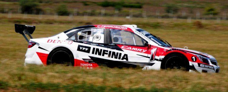 Matías Rossi fue el pleno dominador de la actividad del sábado del Top Race en Concepción del Uruguay.