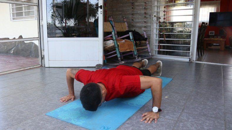 Rutina de ejercicios para hacer en casa: elongación