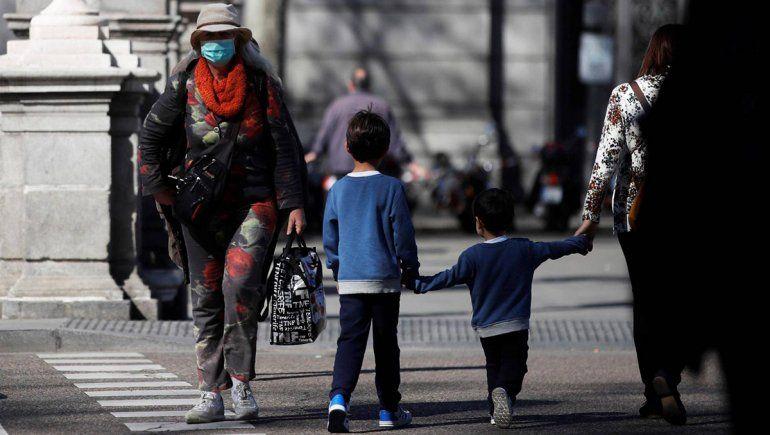 Se suspende el régimen de visitas habitual entre padres y madres separados