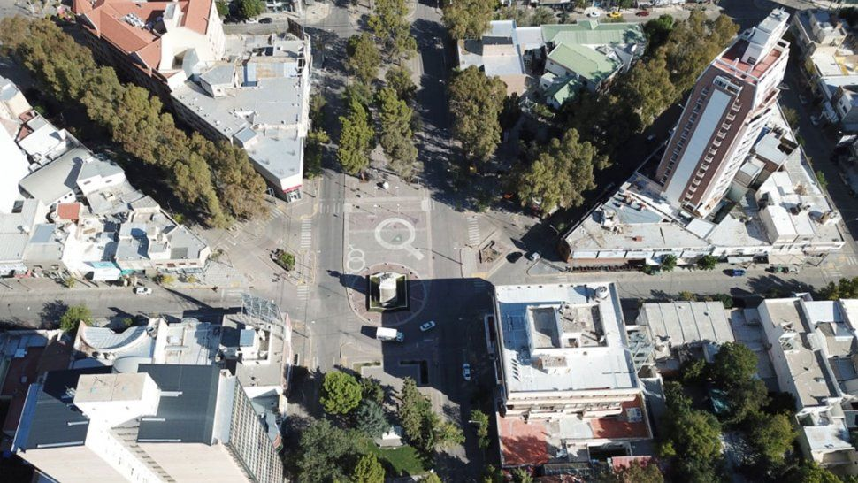 Desde el drone: la capital en un domingo de cuarentena