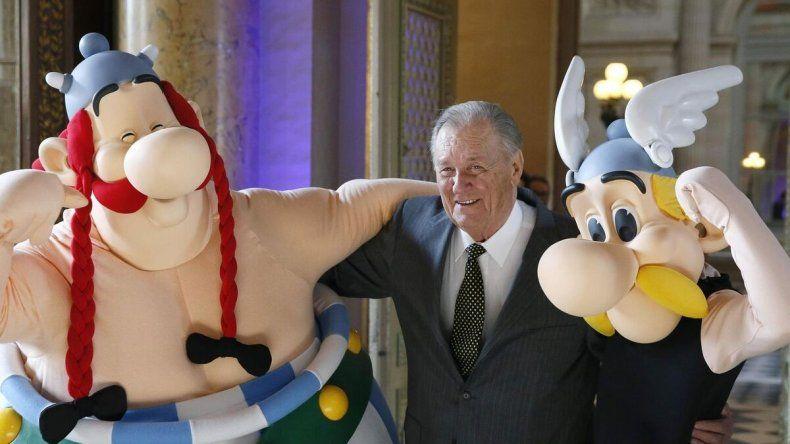 Murió Albert Uderzo, el dibujante de Astérix