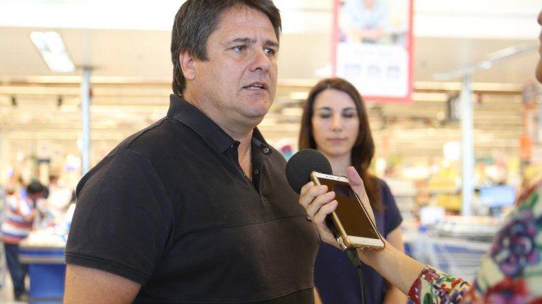Mariano Gaido destacó el esfuerzo de los supermercados para abastecer de mercadería a los vecinos.