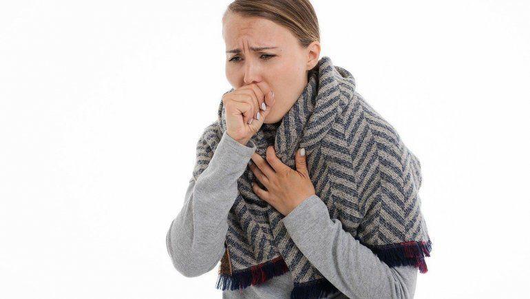 El peligro de toser sin cubrirse como aconseja la OMS
