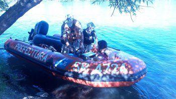 en plena cuarentena navegaban por el rio y los atrapo prefectura