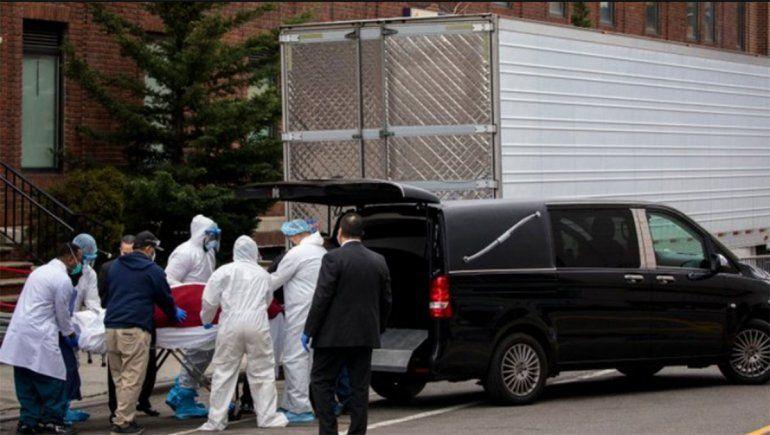 EE.UU. pronostica al menos 100.000 muertos por la pandemia