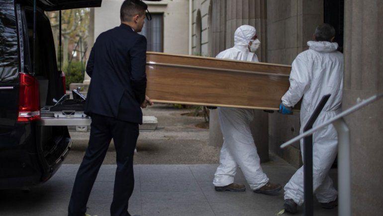 España batió otro récord de muertos y ya superó los 100 mil infectados