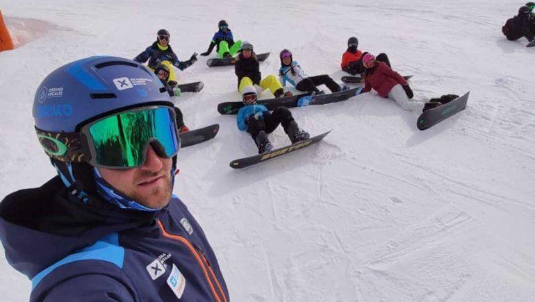Instructor neuquino de esquí varado en Andorra: Venimos acá a formarnos