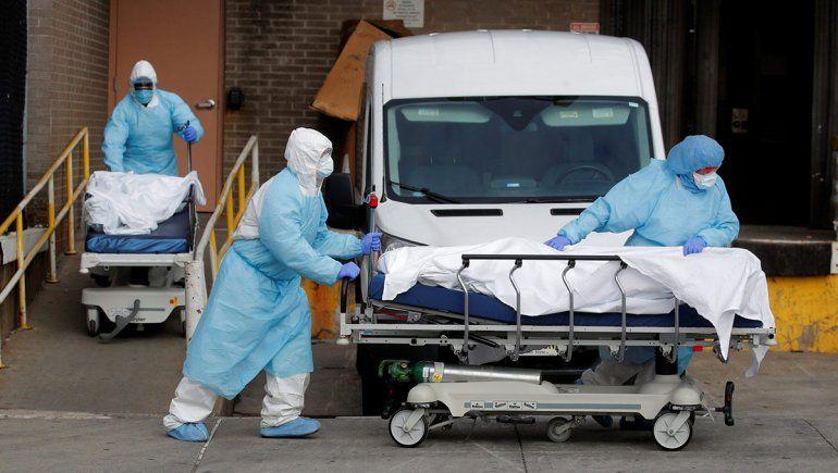 Récord en Estados Unidos: 1169 muertos en un día