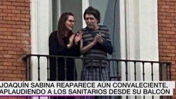 espana: joaquin sabina reaparecio tras su caida