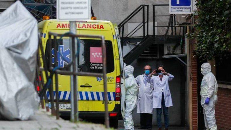 España: volvió a subir la cifra diaria de muertos por coronavirus
