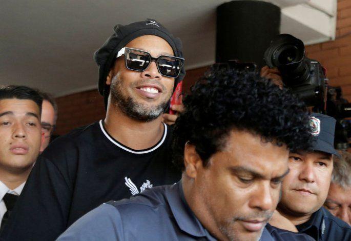 La millonaria fianza que pagó Ronaldinho para obtener la prisión domiciliaria