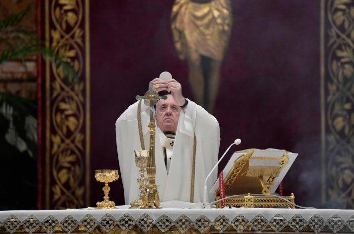 En la misa de Pascua, el Papa pidió perdonar deudas a los países pobres